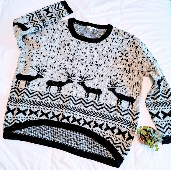 Papaya Sweaters - Papaya Oversized Winter Deer Knit Sweater